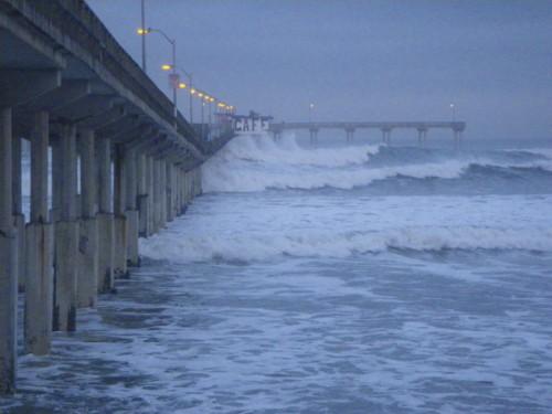 Dawn pier bombs